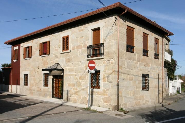 Rehabilitación de vivienda en Vigo diseñada por nam arquitectos, estudio de arquitectura en Tui.
